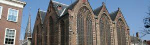 Barbara Broekman kleedt de Kloosterkerk